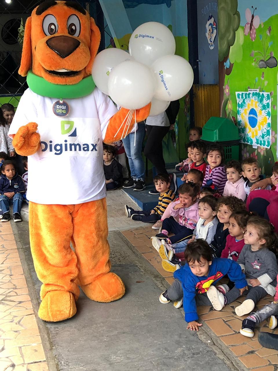 Digimax realiza ação social em Navegantes