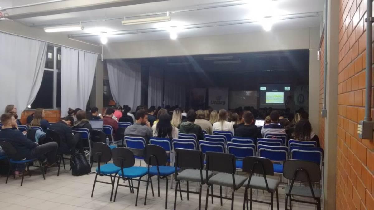 Digimax realiza palestra em parceria com Uniarp e Hospital Maicé